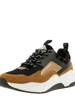 Трендовые кроссовки от bullboxer германия