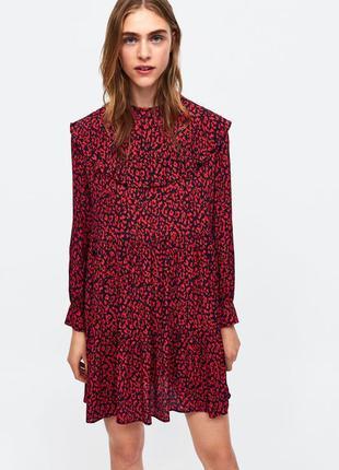 Яркое платье с рюшами от zara