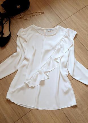 Новая белая базовая нарядная блузка с валанами осень весна кофточка футболка рубашка классика zara h&m bershka primark asos next mango