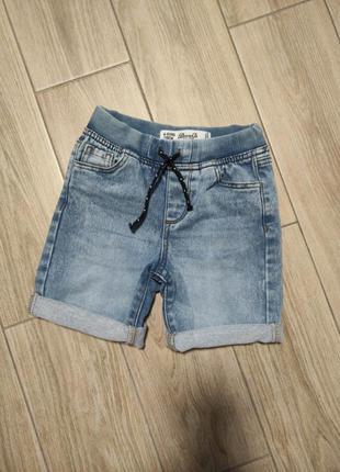 Стильные модные джинсовые шорты