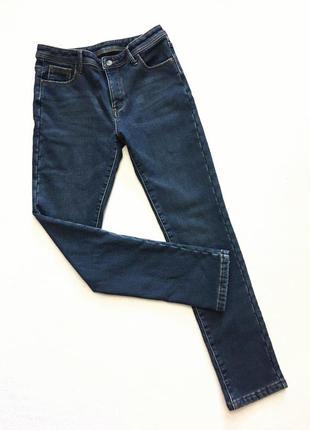 Стрейчивые брендовые джинсы на флисе.