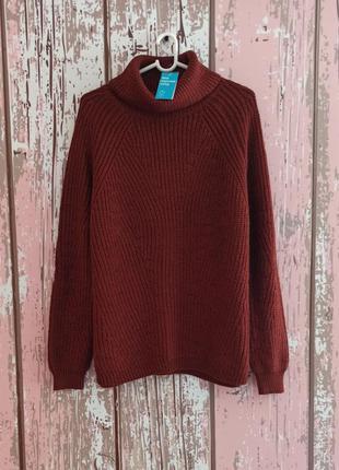 Шикарный свитер с горловиной