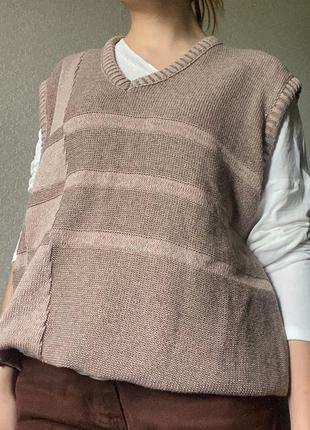 Объемная вязанная жилетка как из pinterest