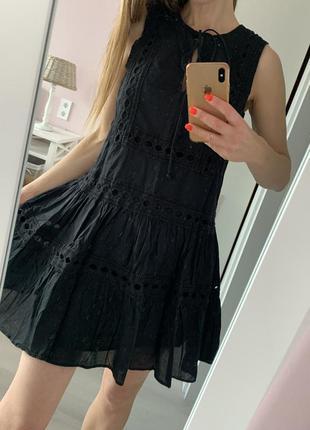 Летнее платье из хлопка с кружевом