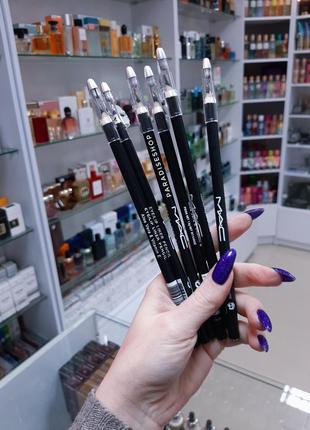 Олівець чорний / карандаш для глаз !!
