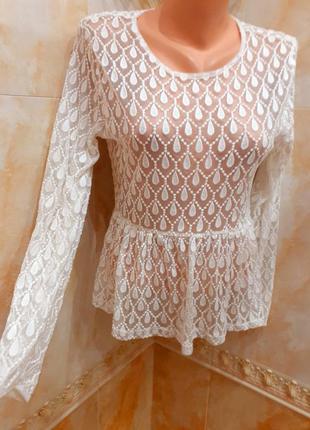 Блуза с баской в  сетку очень дорого и красиво