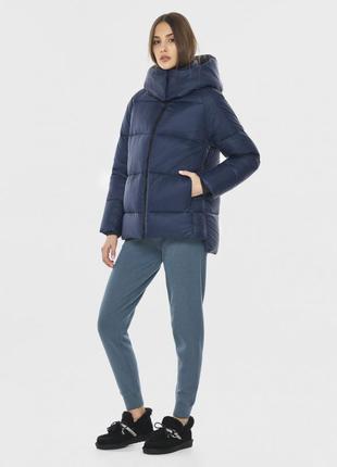 Куртка синяя комфортная женская
