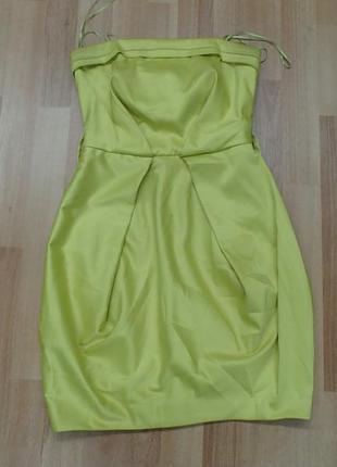 Желтое нарядное платье к новогодним праздникам,р-р хс-с