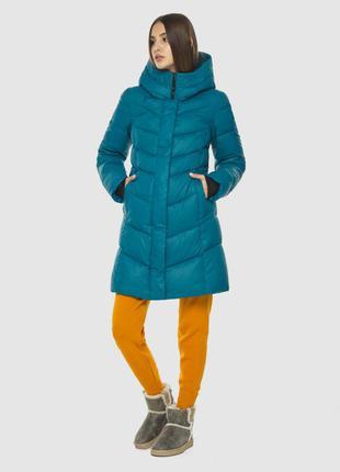 Стильная аквамариновая куртка женская