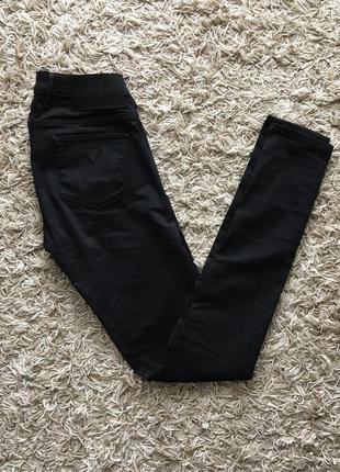 Черные скинни брюки штаны джинсы стрейч guess оригинал