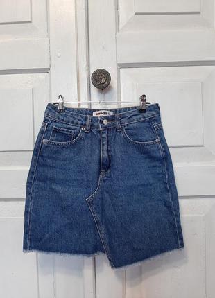 Джинсовая ассиметричная юбочка