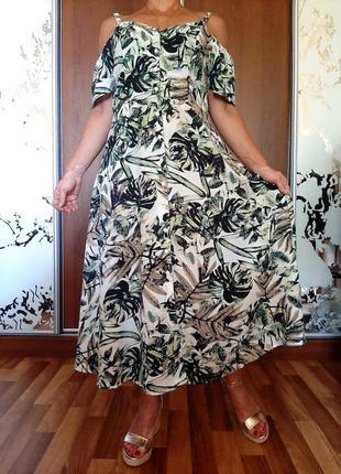 Легчайшее платье на пуговичках с принтом из пальмовых листьев