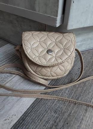 Красивая кожаная сумочка-ключница ri2k.