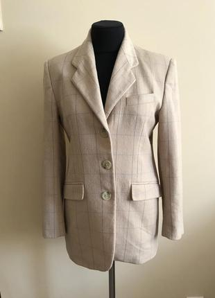 Шикарный шерстяной пиджак