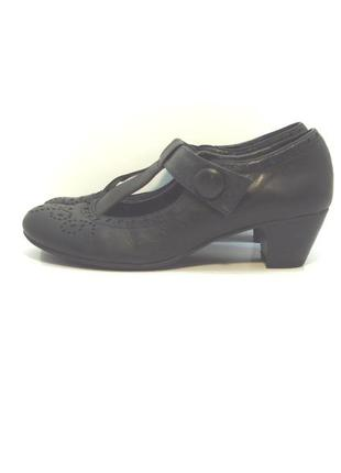 Женские кожаные туфли bonita р. 39