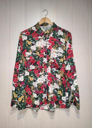 Блузка с цветочным принтом tu.