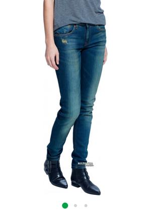 Нові джинси скінні з біркою від mango