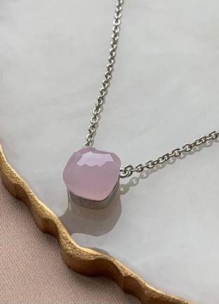 Брендовая подвеска с розовым камнем, посеребрение