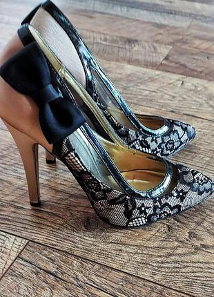 Очень красивые женские туфли с бантом женские туфли-лодочки вечерние женские туфли из сатина женские туфли на вечер вечерние женские лодочки