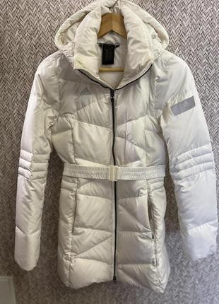 Женский белый пуховик куртка adidas