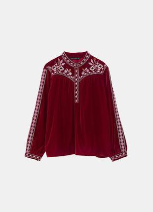 Невероятная бархатная блуза вышиванка zara