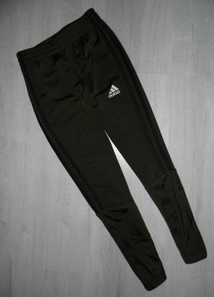 Спортивные штаны adidas оригинал 7-8л