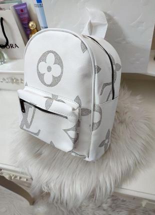 Модний топовий рюкзак