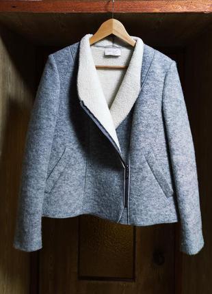 Шерстяная куртка косуха peruna h&m
