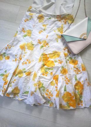 Миди юбка per una белая жёлтые цветы разноцветная цветочный принт коттон