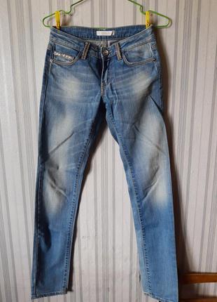 Шикарные джинсы со стразами kocca