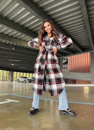 Удлинённое твидовое пальто рубашка в клетку с поясом и карманами бер