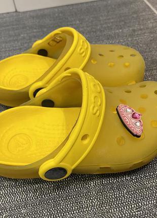 Crocs  жёлтые размер 8 - 9 25-26