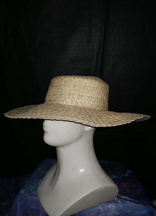 Соломенная шляпа брыль