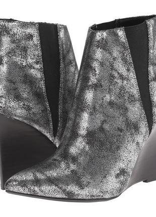 Ослепительно красивые сапоги, ботинки ботильоны nicole miller new york bowery размер 38-39