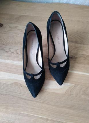 Сегодня 100 грн!замшевые туфли carlo pazolini