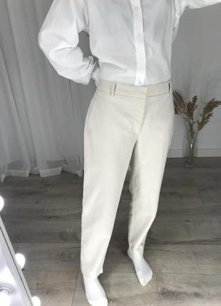 Светлые брюки zara классические