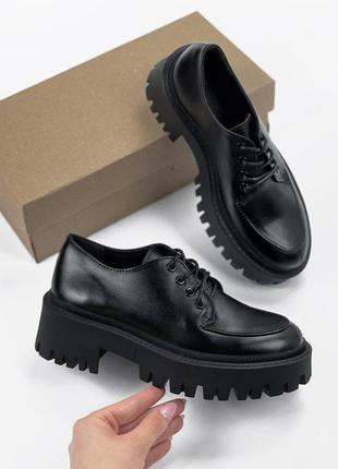 Рр 37.чëрные туфли лоферы  оксфорды из натуральной кожи