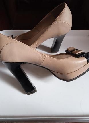 Туфли , тостый каблук