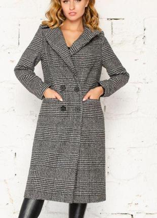 Женское кашемировое пальто в клетку на подкладке