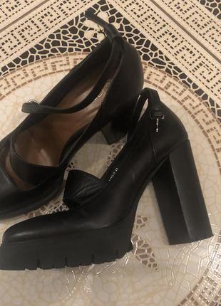 Туфли estro