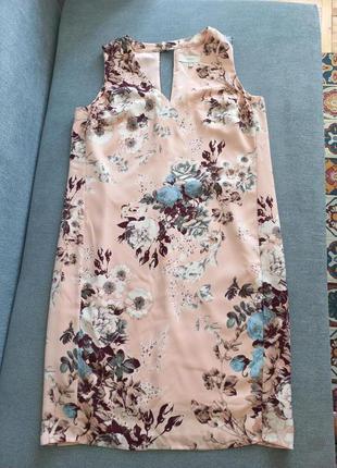 Нежное миди платье в цветы