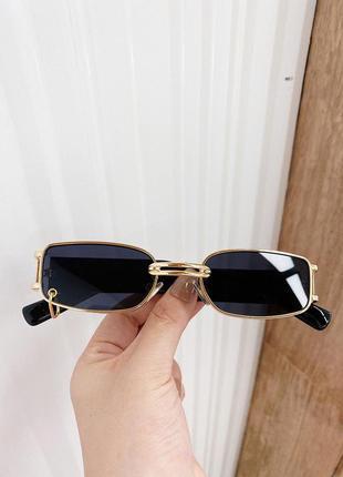 Винтажные очки в золотой оправе