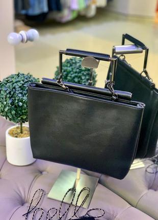 Кожаная лаконичная вместительная сумка sam edelman
