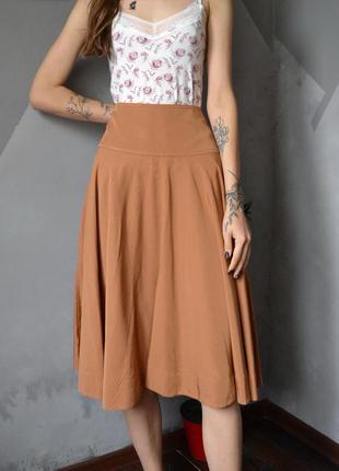 Пышная юбка с широким поясом цвета кэмел uniqlo