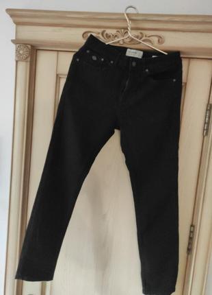 Чёрные джинсы 17 лет