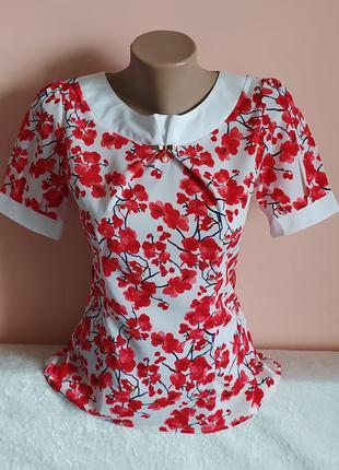 В ідеалі!модна блузочка,вказано р.s.