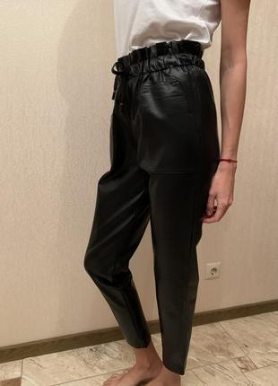 Брюки кожаные чёрные, штаны кожаные на осень, шкіряні брюки чорні