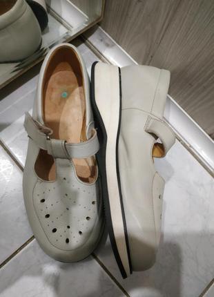 Туфли кожаные  на широкую ногу на толстой подошве caster 36-36,5 р
