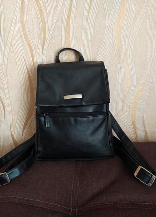 Черный кожаный рюкзак hillard & hanson