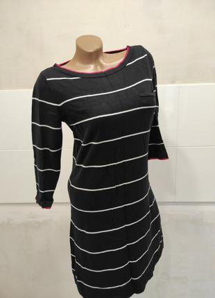 Трикотажное платье от laura ashley